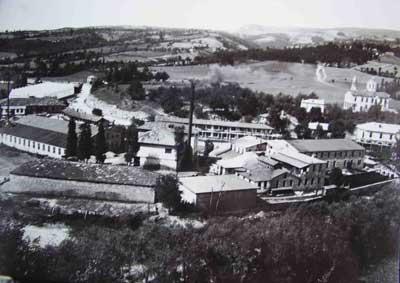 Изглед към фабриката на Иван К. Калпазанов в завършен вид (т. е. След построяването и на трите фабрики).